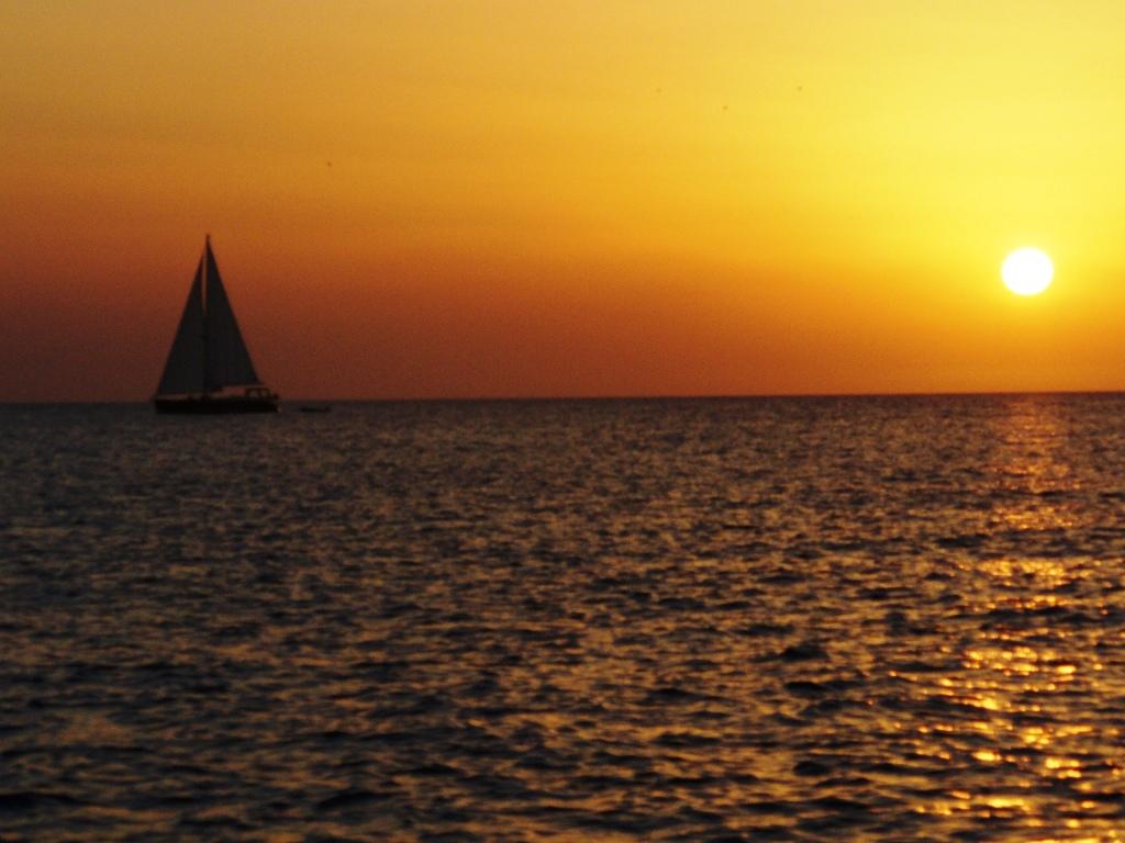 Puesta de sol en San Antonio, Ibiza, Baleares